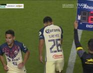 Chava Reyes debuta con el América, ingresa de cambio por Fuentes