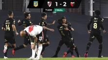 Resumen y goles | Colón sorprende a River Plate en inicio de torneo