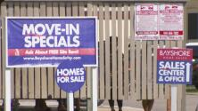 Habitantes de complejo de apartamentos en Texas denuncian ser víctimas de abusos por parte de la administración