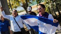 """""""Aquí sí podemos gritar libertad"""": activistas nicaragüenses se unen a las voces de aliento en el evento 'Abajo Cadenas'"""