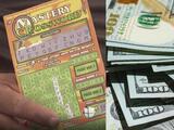 """""""Se puede evaporar como el agua"""": experto aconseja invertir de modo inteligente a ganador de la lotería"""