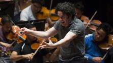 """Gustavo Dudamel: """"la música crea muchos puentes sobre los pueblos"""""""