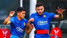 Chivas podría contar con Alexis Vega y Ángel Zaldívar para el Clásico