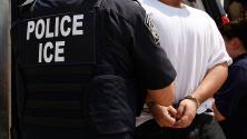 Nueva ley en Illinois ordena cerrar los centros de detención de ICE