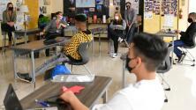 ¿Qué tanto han funcionado los protocolos para evitar casos de coronavirus en escuelas públicas de Los Ángeles?