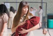 Loca y sola, Patricia terminó en la cárcel creyendo que tiene un bebé