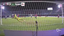 ¡Sebastián Jurado se hace enorme y evita el 2-0!