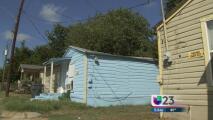 Podrían desalojar a más de 300 familias del este de Dallas
