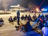 Mega redada deja 102 personas arrestadas por participar en carreras callejeras: 16 eran menores de edad