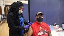 Mira cómo puedes recibir un incentivo extra si aún no te has vacunado contra el coronavirus