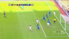 Chiguila marca en propia puerta y México se pone 3-0 sobre El Salvador