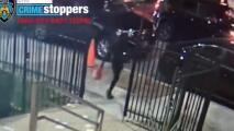 Mujer prende fuego a un centro de estudios judío en Brooklyn y su delito quedó grabado en video
