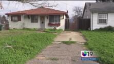 Policía investiga homicidio cometido en un domicilio de Sacramento