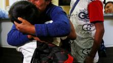 Al menos 171 familias han sido reunidas con miles de millas donadas por viajeros