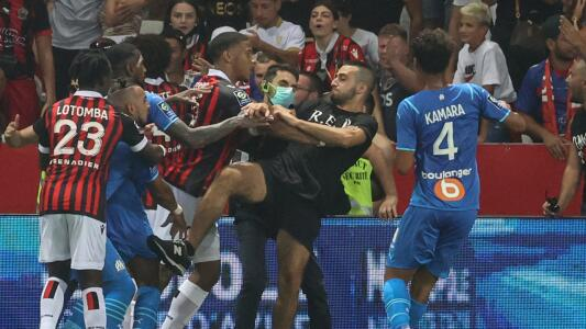 Aficionados de Nice agreden a jugadores del Marsella