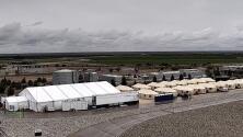 Estrategia de Trump: mantener recluidos en carpas a inmigrantes indocumentados que soliciten asilo
