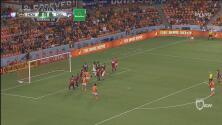 'La Panterita' Elis araña el primer gol de la noche