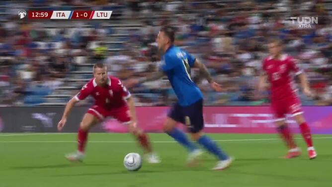 Italia se encamina a Qatar 2022... Autogol e Italia ya gana 2-0