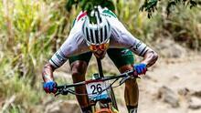 Británico Thomas Pidcock ganó oro en bicicleta de montaña