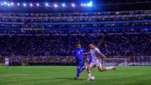 El Salvador recibe dura sanción de FIFA por culpa de sus fans