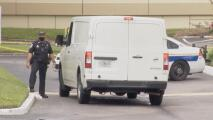 Un niño mata a su madre de un disparo en la cabeza en plena videollamada