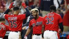 El equipo de béisbol de los 'Indios' de Cleveland hace oficial su cambio de nombre