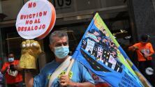 Deudores de rentas atrasadas en Nueva York exigen que se extienda la moratoria para evitar ser desalojados