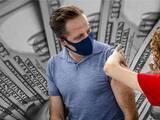 Podrás obtener $100 por vacunarte contra el covid-19 en NYC desde este viernes