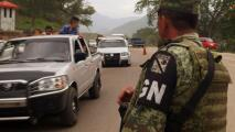 """Arrestan a dos hombres por dar un """"ride"""" a migrantes haitianos en México"""