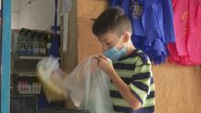 Ayuda de Impacto: Niño trabaja para pagar la operación que su padre necesita