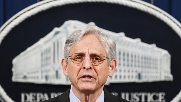 Fiscal general elimina regla de Trump que hacía obligatoria la revisión de decisiones de asilo