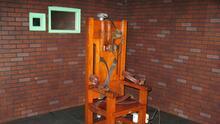 Frenan dos ejecuciones para que los condenados puedan elegir como morir más allá de la silla eléctrica