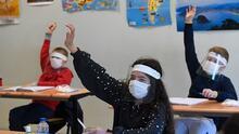 Esto debes saber sobre el regreso a clases en Texas y el repunte del coronavirus