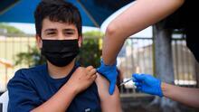 Coronavirus: ¿Cómo va el proceso de vacunación para mayores de 12 años en Chicago de cara al regreso a clases?