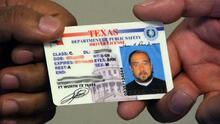 Si su licencia de conducir expiró hace más de 2 años, debe solicitar una en persona
