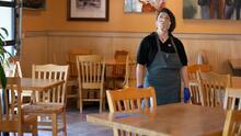 Sin clientes que atender: así afectó el mal tiempo a dueños de restaurantes y loncheras en Los Ángeles
