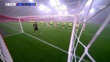 ¡Gol del Ajax! Reus la mete en su arco y el Dortmund ya pierde