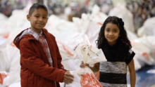 Univision Austin se une al Salvation Army para ayudar a familias necesitadas