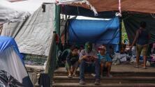 El gobierno de Joe Biden pide a México desalojar campamentos de migrantes en la frontera