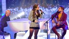 Joss Favela y Sergio George acompañan a Fátima Poggi para cantar 'Claro y obvio'