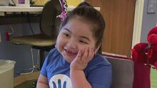 Tras un largo proceso de espera, niña hispana logra beneficiarse de un trasplante de intestino