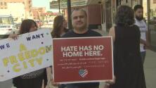 Comunidad condena los supuestos operativos de inmigración realizados en el norte de Illinois