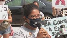 Protestas en La Villita durante la inauguración de centro de distribución en la antigua planta de carbón Crawford