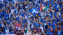 ¡Una sucursal del Cuscatlán! El Salvador es 'local' ante México