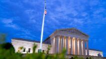 ¿Cómo beneficia a inmigrantes el fallo de la Corte Suprema sobre procesos de deportación mal planteados?