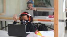 ¿Qué medidas de seguridad se van a implementar en el Distrito Escolar de Santa Ana para el regreso a clases?