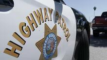 Deslave de grava causa que al menos 10 vehículos choquen en el condado Yuba