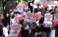 """""""Necesitamos licencias y documentos"""": Manifestantes piden que a representantes que apoyen reforma migratoria"""