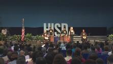 El Distrito Escolar de Houston le da la bienvenida a más de 1,500 nuevos maestros