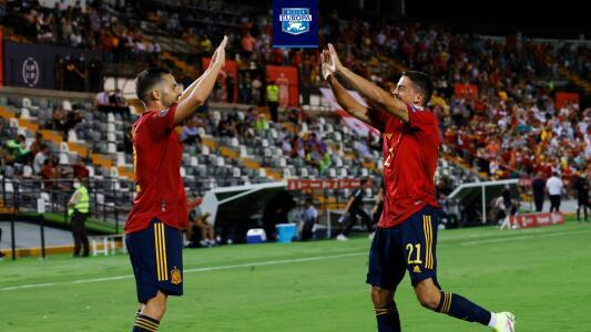 Fornals, feliz de jugar por primera vez de titular con España y anotar